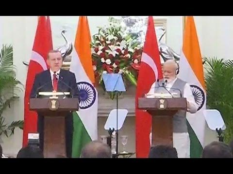 PM Modi with President of Turkey Mr. Recep Tayyip Erdogan at Joint Press Statements