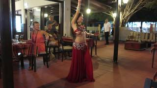 sofia anarkali mesmerizes us with this belly dancing performance