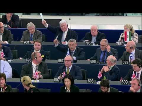 WELT   Martin Schulz wirft EU Parlamentarier raus