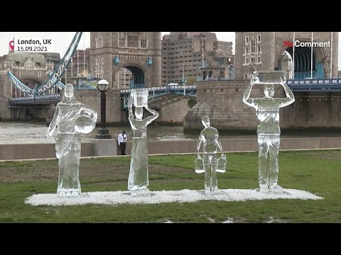 شاهد: منحوتات جليدية وسط لندن للتحذير من شح المياه في ظل التغير المناخي…  - 12:54-2021 / 9 / 16