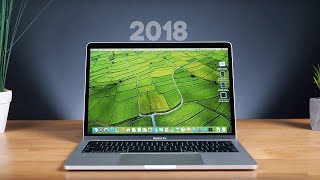 видео Обзор Apple MacBook Pro 13-дюймов с TouchBar (2018)