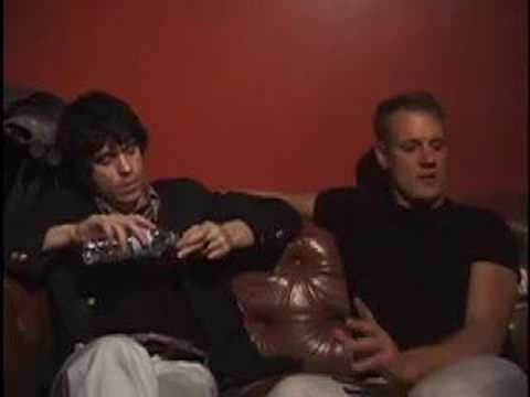 Ian Svenonius and Calvin Johnson at Pop March 22, 2007
