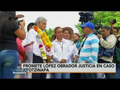 AMLO se reúne con padres de los 43 en Iguala