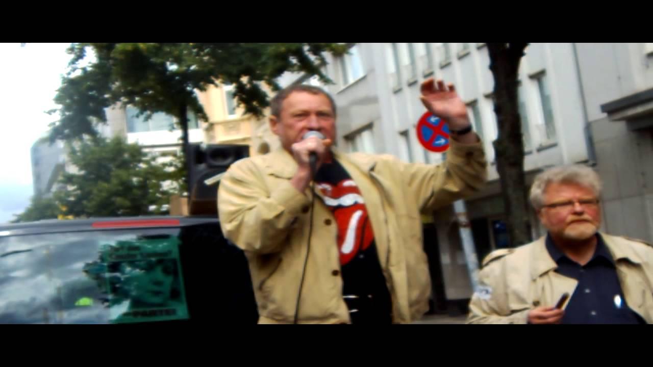 Bildergebnis für fotos von manni engelhardt zur raucherdemo