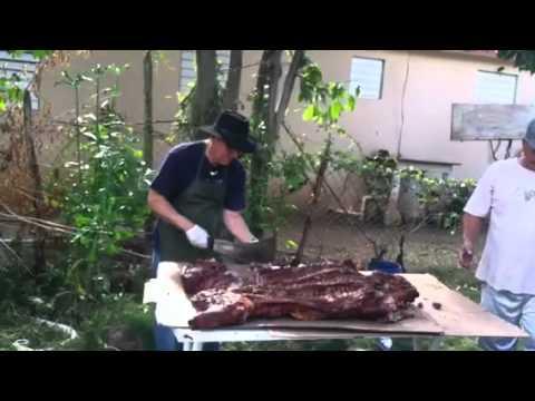 PARRANDA PUERTORIQUEÑA La Plena, Salinas, Puerto Rico Dia de Reyes 2012 lechón asado