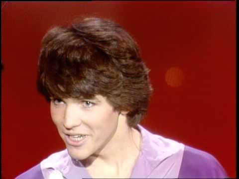 Dick Clark Interviews Michael Damian - American Bandstand 1981