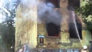В Алексине сгорел дом, в котором шли съемки фильма Курьер из рая