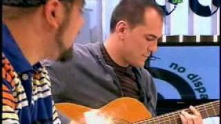 No-disparen-al-pianista-Ismael-Serrano-y-Nach-39-NDAP-39