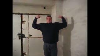 Швунг 89кг правой. Гири 49кг+40кг. Михаил Курдюков (2010 год). 89kg push press.Kettlebells 49kg+40kg