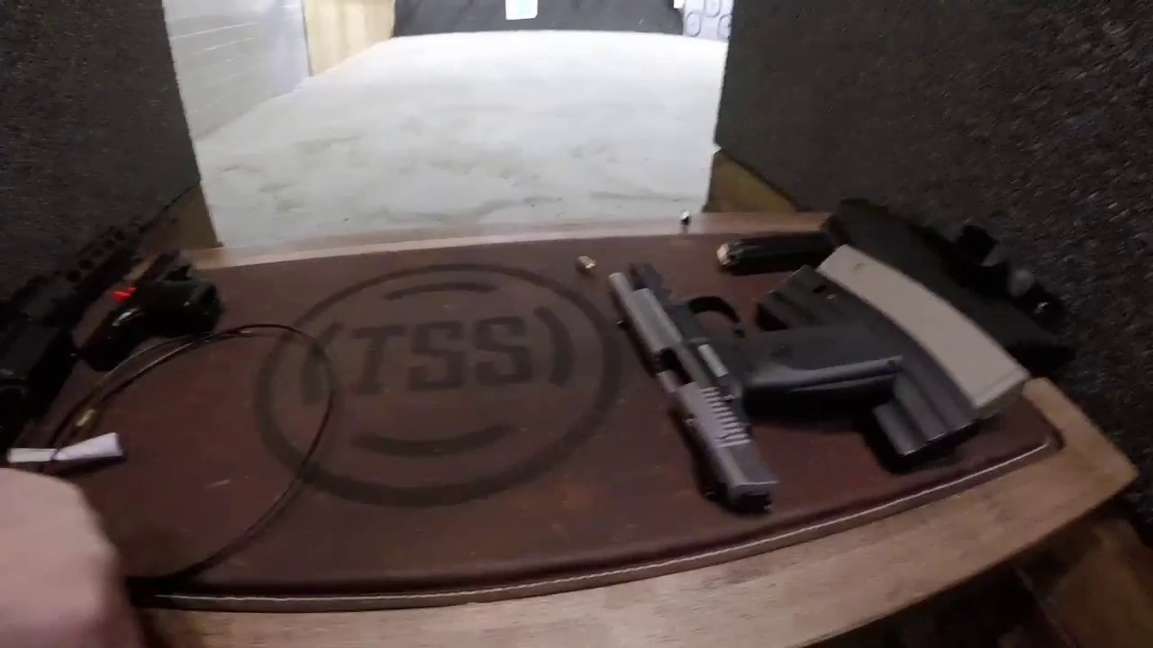 Range Day - Shooting the Ruger SR-9 and Smith & Wesson M&P 9c