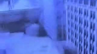 Gambar cover Metallica - Enter Sandman [official video]