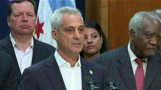 Sanctuary city showdown: Chicago sues DOJ for funding threat thumbnail
