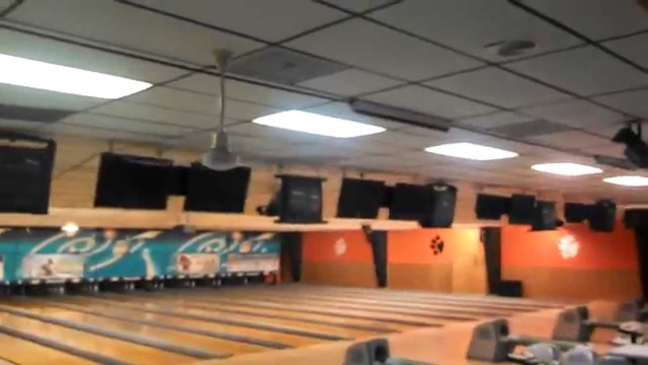 Canarm Ceiling Fans In A Bowling Alley Youtube