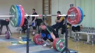 Dmitry Lapikov Snatch 200kg  (441 lbs) , 205 kg (452 lbs),  210kg (463 lbs) , SEP 1, 2013
