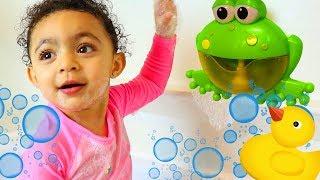 Bath Song  Leah Pretend Play Nursery Rhymes & Kids Songs #2