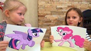 Настя учит Арину КАК ПРАВИЛЬНО рисовать ПОНИ / Май Литл Настя рисует My Little Pony