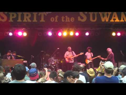 """The Funky Meters """"Cissy Strut~People Say~Ain't No Use"""" Bear Creek Music Festival 11-12-2011"""
