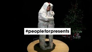 Give the best gift you can this Christmas. You. #peopleforpresents | giffgaff