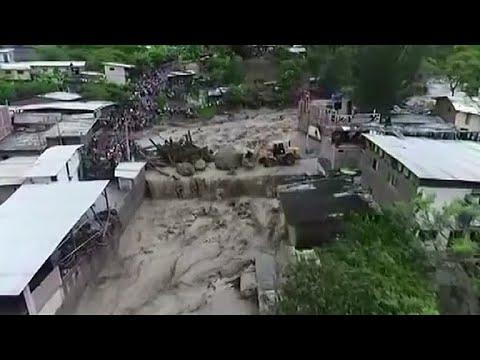 انهيارات أرضية وفيضانات تدمر المنازل في البيرو  - نشر قبل 3 ساعة