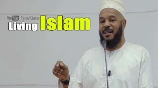Living Islam Between the 2 Extremes - Dr. Bilal Philips