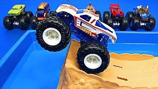 Gambar cover Learning Colors with Muddy Monster Trucks for Kids - Monster Truck Car Wash - Organic Learning