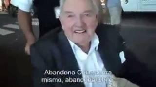 David Rockefeller Şili'de bir yurtsevere yakalandı!