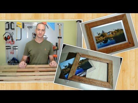 como construir uma moldura r stica com madeira de pallet porta retrato youtube. Black Bedroom Furniture Sets. Home Design Ideas
