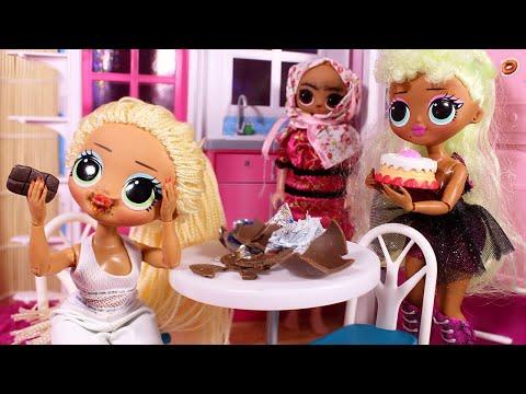 ОБЪЕЛАСЬ ШОКОЛАДА ОТ СТРАХА / Большие куклы ЛОЛ OMG