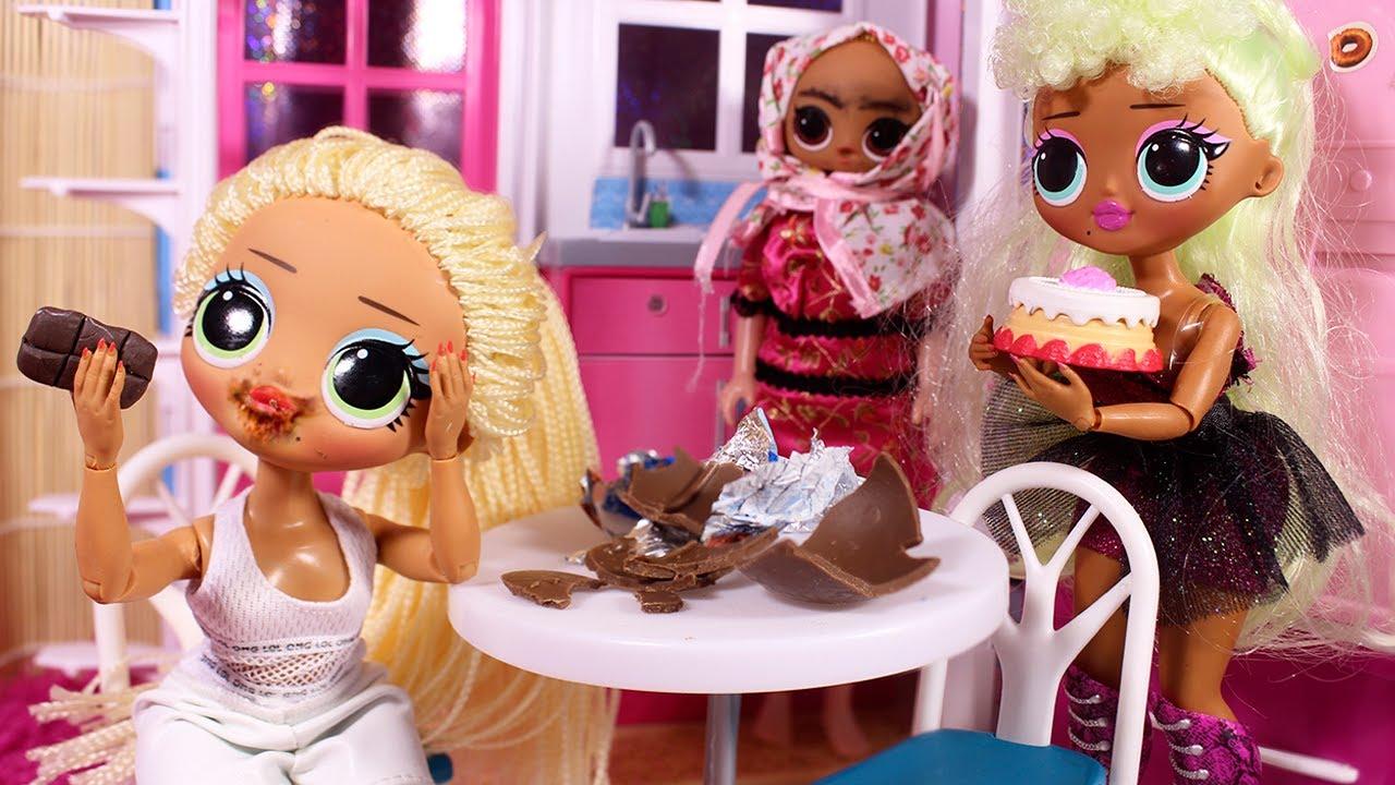 ОБЪЕЛАСЬ ШОКОЛАДА ОТ СТРАХА / Большие куклы ЛОЛ OMG - YouTube