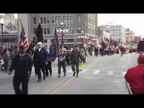 Aurora honors fallen soldiers during Memorial Day parade and ceremony