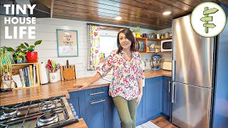 Woman Gains Extra Freedom After Downsizing to a Legal Tiny House in the City + FULL TOUR