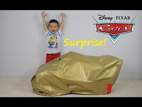 Thumbnail: Disney Cars Lightning McQueen Giant Surprise Present Toy Opening CKN Toys