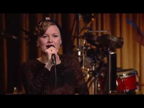 Stine Bramsen synger 'Speak out Now' - Toppen af Poppen
