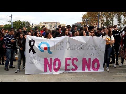 Los alumnos de secundaria y bachillerato de Algeciras dicen Basta Ya a la violencia de género