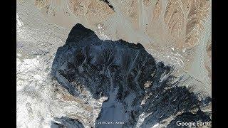 Земля в иллюминаторе. Фото из космоса