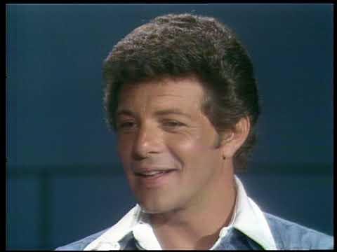 American Bandstand 1976- Interview Frankie Valli