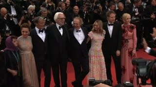 Cannes: jury members walk the red carpet