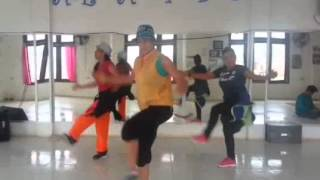 "ZUMBA ""GIVE IT TO ME..BY DAHRIO WONDER"