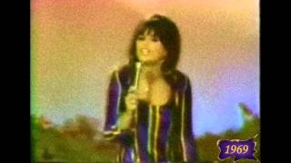 Watch Linda Ronstadt The Only Mama Thatll Walk The Line video
