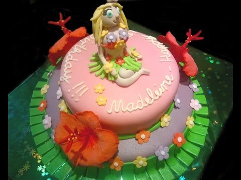 Hawaii cake with Hula girl and Hibiscus flowers