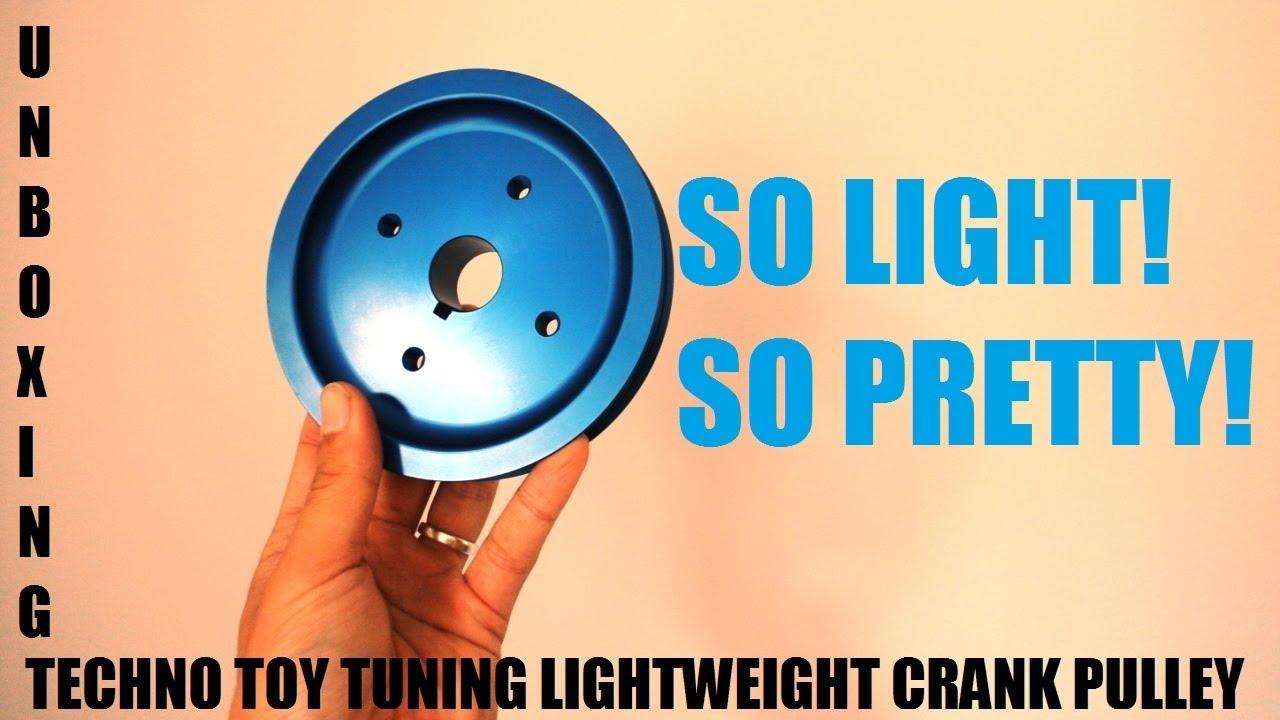 Lightweight crankshaft pulley unboxing