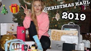 CHRISTMAS HAUL // SOME OF MY FAV GIFTS // VLOGMAS 12 // Pressley Hosbach