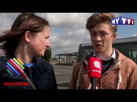 """Nicolas Dupont-Aignan """"comme chez lui"""" auprès de Marine Le Pen - Quotidien du 1er Mai 2017"""