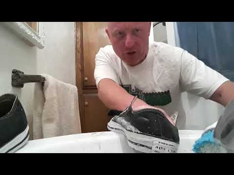 How to clean a pair of converse all star's A.K.A. (OLD SCHOOL CHUCK'S) proper style - STOCKTON CA.