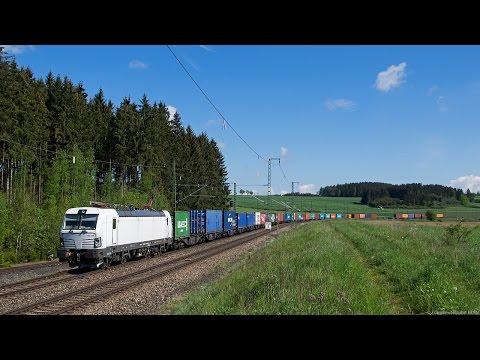 Güterverkehr bei Hof / Saale: SETG Vectron, SWT V100, BR 143 Abschied DB Regio