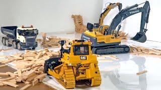 BAGGER Bruder RC EXCAVATOR Demolition Gear ♦ RC TOYS In ACTION!