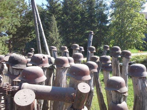 WW2 Wahnsinn !!! Deutsche Stahlhelme auf Holzpfosten !!!