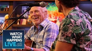 Baixar The A-List Star Who Damaged Jimmy Buffett's Property | Behind the Scenes | WWHL