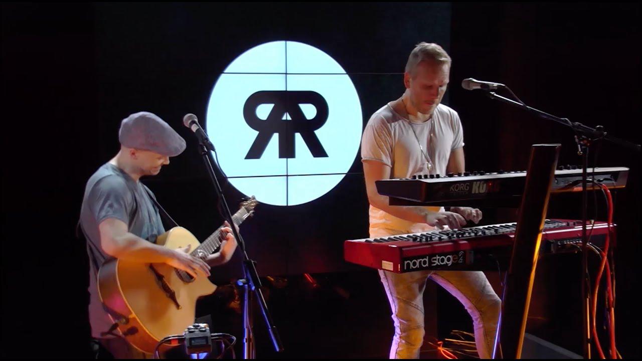 Osmo Ikonen & Petteri Sariola - Easy (Commodores, Lionel Richie, Faith No More)