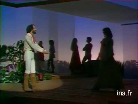 """Michel Fugain et le Big Bazar """"Dis-moi pourquoi"""" (live officiel) - Archive INA"""